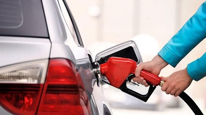 Giá nhiên liệu ảnh hưởng đến chi phí thuê xe. Nguồn: Katavina