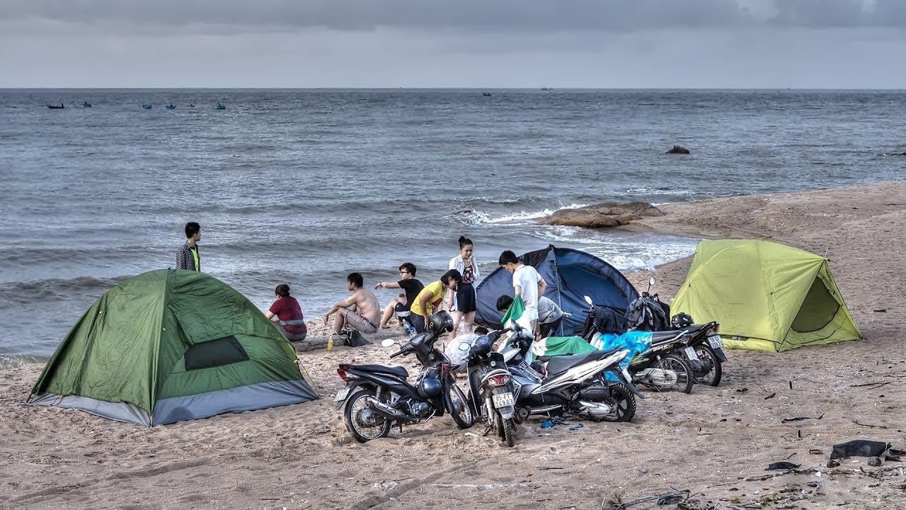 Hồ Tràm là nơi thích hợp để tổ chức cắm trại, vui chơi