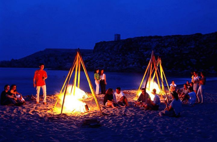 Mũi Nghinh Phong là nơi cắm trại, vui chơi được nhiều bạn trẻ yêu thích