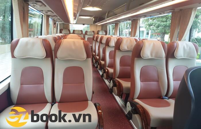 Ghế xe 29 chỗ được bọc da êm ái