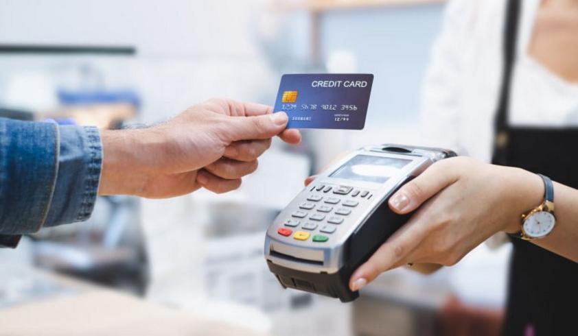 Quẹt thẻ để thanh toán