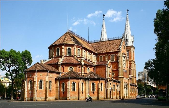 Nhà thờ với thiết kế độc đáo (nguồn Internet)