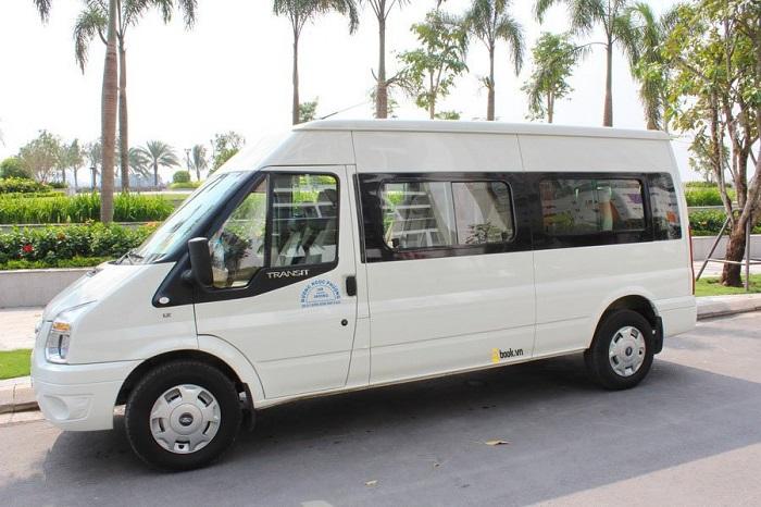 Có nhiều mẫu xe 16 chỗ để khách hàng lựa chọn thuê