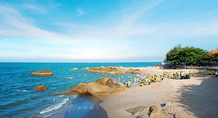 Thuê xe khám phá biển Long Hải ở Vũng Tàu
