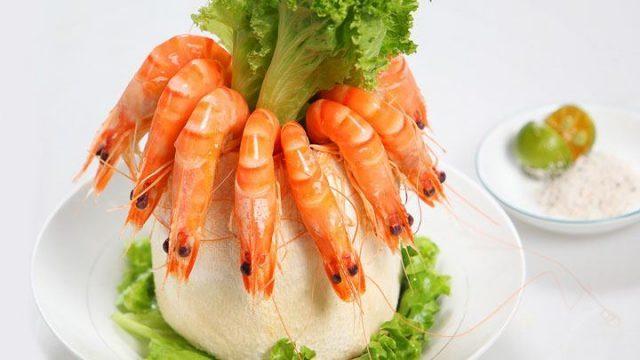 Tôm luộc nước dừa (nguồn Internet)